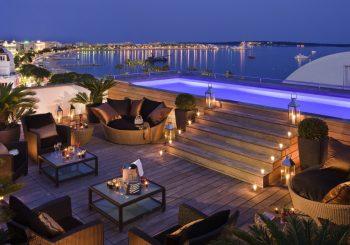 Отель в Каннах Hôtel Barrière Le Majestic Cannes подготовил особое предложение
