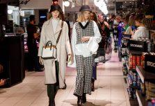 """В универмате """"Stockmann"""" прошел показ осенне-зимних модных коллекций «Начало новой эпохи»"""