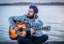 Рижский музыкант Алекс Лещинский представил новый клип
