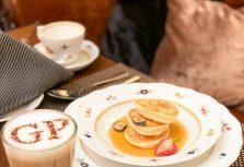 На завтрак в Grand Palace