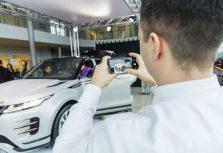Новый Range Rover Evoque прибыл в Ригу: первое знакомство с иконой стиля
