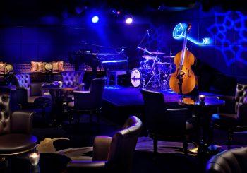Дубай. Первый в мире джаз-бар легендарного музыканта Куинси Джонса