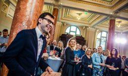 В Риге пройдет крупнейший фестиваль шампанского Riga Wine & Champagne