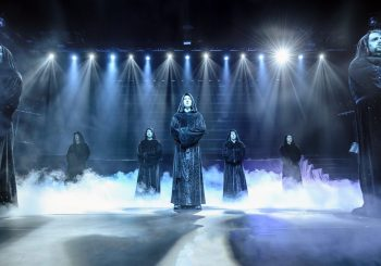 Самый успешный григорианский хор в мире празднует 20-тилетний юбилей