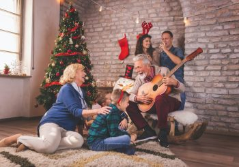 Рождественская музыка помогает восстановить гормон счастья в организме – миф или правда?