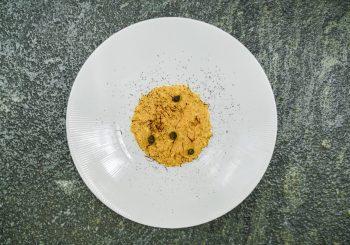 Lefay Resorts: рецепт ризотто с шафраном, каперсами и шоколадной крошкой
