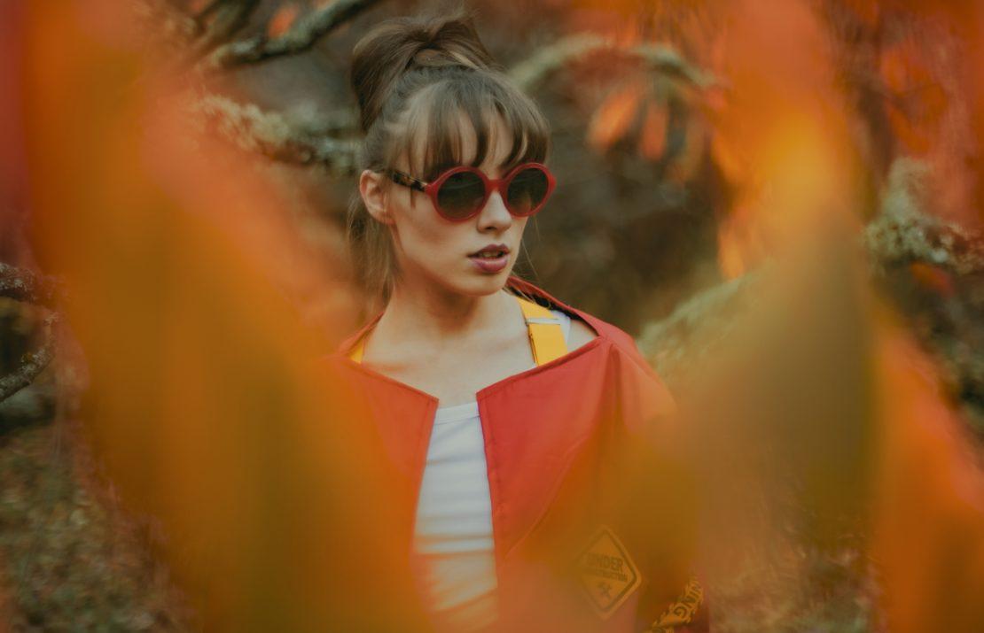 Этой осенью неожиданно актуально новое звучание песни Раймонда Паулса «Листья желтые»