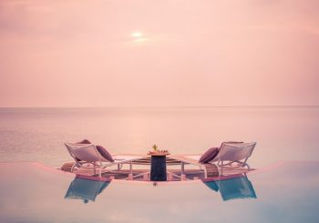 Праздничная программа на курортах LUX* на Мальдивах