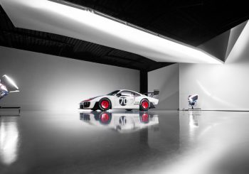 Компания Porsche представила гоночный болид Porsche 935