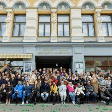 Октябрь — праздничный месяц для Рижского русского театра имени Михаила Чехова и поэта Александра Чака