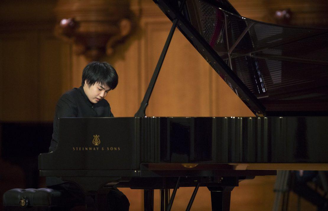 Гениальный Мао Фудзита даст концерт в Риге