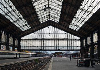 В Париж! На вокзал! На выставку!
