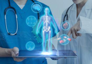 В мире не хватает семи миллионов врачей и медсестер — как технологии могут помочь?