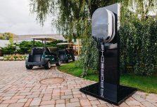 Porsche Latvia открывает первую общественную станцию подзарядки для электромобилей