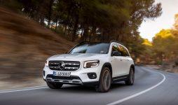 Новый Mercedes-Benz GLB уже появился в салонах