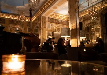 В Hôtel de Crillon открывается зимняя терраса в баре Les Ambassadeurs