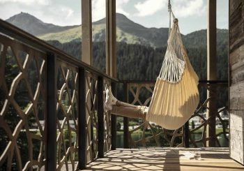 Сдвигая горы: Tschuggen Hotel Group представляет новый концепт Moving Mountains