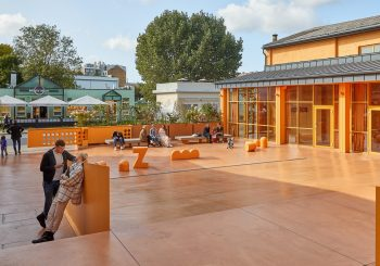 Арт-центр Zuzeum открывает киносезон под открытым небом