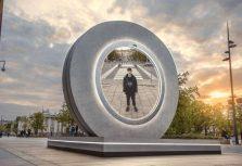 В Вильнюсе открылся портал в другой город