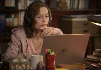 Легенда французского кино Изабель Юппер демонстрирует комедийный дар в фильме «Наркомама»