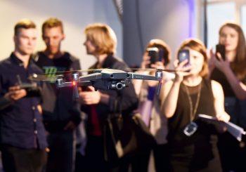 Квадракоптеры DJI Mavic 2 Zoom и Mavic 2 Pro теперь можно купить и в Латвии