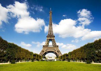 Символ Франции откроется 16 июля