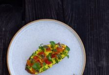 Рецепт скрэмбла из тофу от шеф-повара Alila Villas Uluwatu Bali