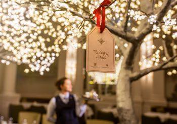 В эдинбургском отеле The Balmoral — три дерева желаний
