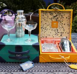 Лимитированная коллекция шейкеров от Джейд Джаггер и курорта W Ibiza