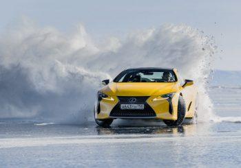 Известный российский дрифтер опробовал модели Lexus RX и LC в суровых условиях Сибири